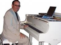 Pianist / Spain