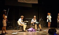 Hang drum player  (1)