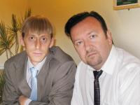 Ricky Gervais and Gareth Keenan